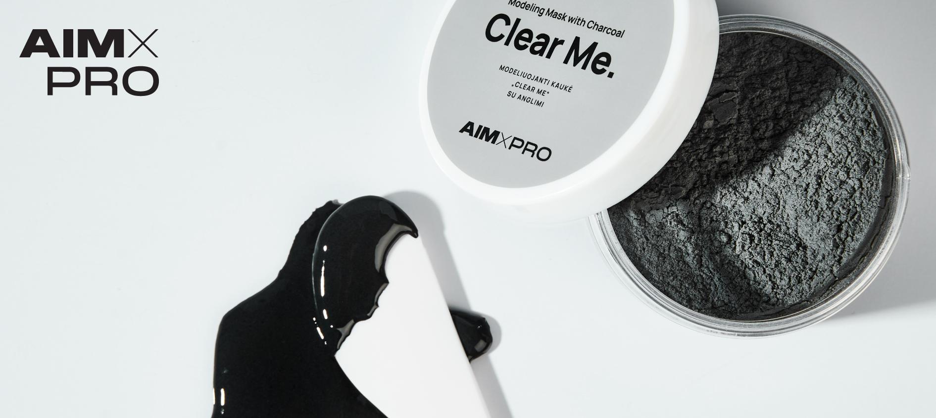 """""""Clear Me"""" modeliuojanti kaukė su anglimi"""